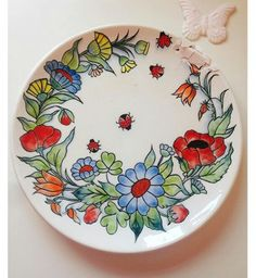 Dot Art Painting, China Painting, Pottery Painting, Ceramic Painting, Pottery Art, Ceramic Art, Painted Mailboxes, Embroidery Flowers Pattern, Acrylic Painting For Beginners