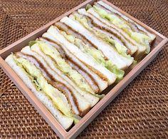 ポテサラカツサンドウィッチ(8枚切り、辛子)