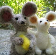 rat friend needle felted animal by TCMfeltDesigns on Etsy, $28.00