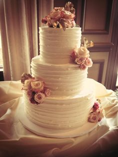 Trendy Wedding Cakes for You to Get Inspired!. To see more: http://www.modwedding.com/2014/09/20/trendy-wedding-cakes-get-inspired/ #wedding #wedding #wedding_cake Wedding Cake: Ella's Cakes