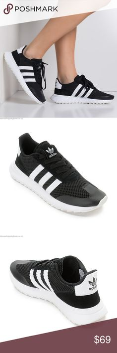 NEW adidas Flashback Black & White Athletic Shoes Brand New With Tags & Box !!!  Styled with a classic adidas '70s running heritage look, the Flashback Black and White Shoes offer a modern twist to past designs.The Flashback has a mesh upper with a nubuck toe along with suede heel detailing. For comfort, adidas has given these shoes an EVA midsole and an Ortholite infused cushioned footbed for added support. A blend of retro styling filled with plenty of technology to tackle your fast paced…