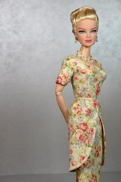 64-9. MAD MEN Betty Draper ivory dress with roses by Natalia Sheppard, via Flickr