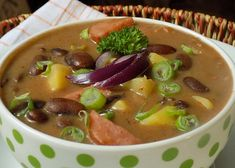Czech Recipes, Ethnic Recipes, Cheeseburger Chowder, Thai Red Curry, Ham, Food And Drink, Treats, Cooking