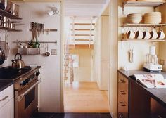 James Gauer House in Connecticut: I like the steel shelving
