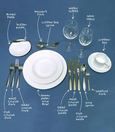 The Lost Art Of Table Manners – Dinner Etiquette How to set a table properly. Comment Dresser Une Table, Make It Easy, Dining Etiquette, Etiquette Dinner, Etiquette And Manners, Table Manners, Deco Table, Decoration Table, Place Settings