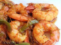 WOK DE LANGOSTINOS AL ESTILO ASIATICO Latin Food, Canapes, Korean Food, Health Diet, Tapas, Sushi, Shrimp, Seafood, Cooking Recipes