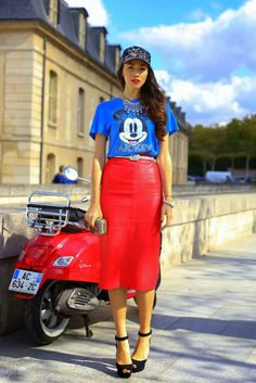 street style Paris...kinda digging this look