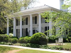 Swanscombe in Covington, Georgia is a beautiful historic home. Read to find out why it is special! Georgia Usa, Georgia On My Mind, Covington Georgia, Beautiful Homes, Beautiful Places, Antebellum Homes, Mystic Falls, Southern Living, Victorian Homes