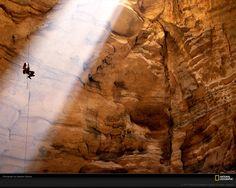 cave images | National Geographic gracias al fotografo Stephen Alvarezen en