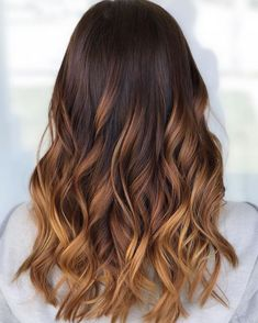 Blonde with Layers and Balayage - 40 Cute Long Blonde Hairstyles for 2019 - The Trending Hairstyle Ombre Hair, Brown Hair Balayage, Hair Highlights, Long Natural Hair, Long Curly Hair, Curly Hair Styles, Natural Hair Styles, Carmel Balayage, Face Shape Hairstyles