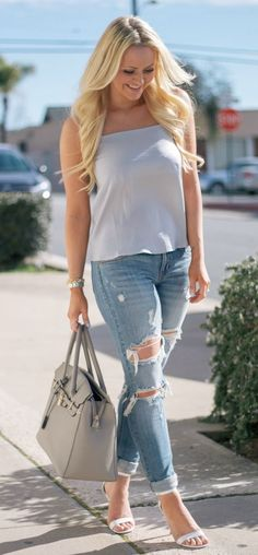 Obsessed! Blue cami and ripped jeans ♥ with high heels of course!