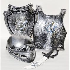 medieval shield essay Alternative titles: armorial bearings, shield of arms  of hereditary symbols  dating back to early medieval europe, used primarily to establish identity in battle.
