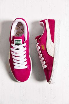 Puma Classic Lace-Up Sneaker - Urban Outfitters