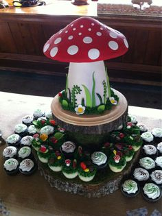 Toadstool cake!