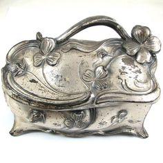 Art Nouveau jewelry box:
