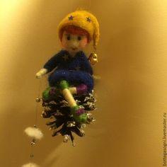 Новый год 2016 ручной работы. Лесной гном на шишке. Galia Borozdina (dreamslab). Ярмарка Мастеров. Фелтинг, коллекционные куклы