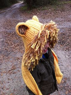 Ravelry: Cuddly Cat Crochet Scoodie with Pockets pattern by Tamara Kelly. Love the Lion idea! Crochet Hooded Scarf, Crochet Lion, Crochet Beanie, Cute Crochet, Crochet Animals, Crochet Scarves, Crochet For Kids, Crochet Shawl, Crochet Baby
