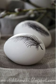 Feather decal or stamp.wonder if that would work on a wooden egg?Feather decal or stamp….wonder if that would work on a wooden egg?Feather decal or stamp….wonder if that would work on a wooden egg? Hoppy Easter, Easter Bunny, Easter Eggs, Christmas Tree Hooks, About Easter, Egg Art, Easter Holidays, Easter Dinner, Spring Crafts