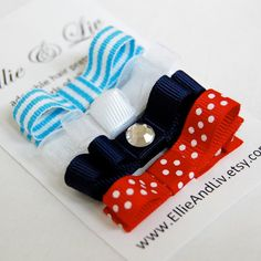The Red White and Blue Collection Baby Hair Clip por EllieAndLiv