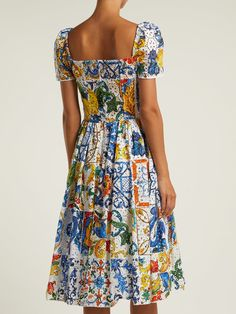 The best selection of contemporary and vintage clothing, luxury brands and more you can buy online now Casual Dresses For Women, Clothes For Women, Wedding Dress Patterns, Lilac Dress, Event Dresses, Petite Dresses, Colourful Outfits, Vintage Outfits, Vintage Clothing