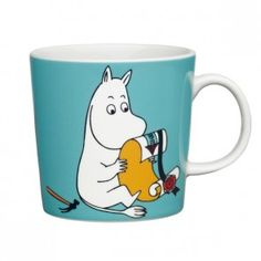 Children and adults alike fall in love with the sympathetic characters of Moomin Valley as created by the author Tove Jansson. The Arabia artist Tove Slotte-Elevant has designed the delightful Moomin objects in keeping with the original drawings. Tove Jansson, Moomin Cartoon, Moomin Mugs, Moomin Valley, Porcelain Mugs, Fun Cup, Christmas Gift Guide, Nordic Design, Shopping
