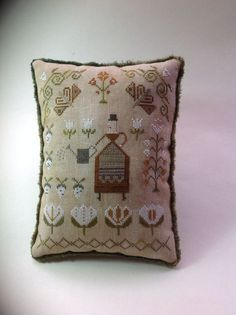 Mrs. Maguire's Garden. Pineberry Lane. Primitive Cross Stitch pillow/bowl filler.