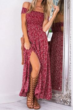 Add this maxi dress into your closet. It is adorned with floral print pattern, off shoulder and splited hem. Just wear it with a pair of slippers or heels.