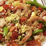 Trying to eat healthier and maybe even lose a little weight? Here are some delicious, satisfying and healthy recipes for dinner to help you eat better and keep your calories in check so you can shed pounds or maintain your healthy weight. 400 Calorie Meals, No Calorie Foods, Low Calorie Recipes, Shrimp Recipes, Rice Recipes, Dinner Recipes, Cooking Recipes, Easy Recipes, Amazing Recipes