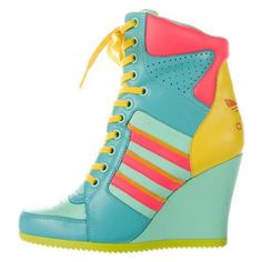 Pre-owned Jeremy Scott x Adidas Hi Wedge Sneakers ❤ liked on Polyvore featuring shoes, sneakers, yellow shoes, wedged sneakers, leather sneakers, round toe sneakers and mint green shoes