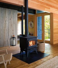 wood burning stove - I love the feel of wood heat. Country Fireplace, Stove Fireplace, Fireplace Design, Cottage Fireplace, Fireplace Modern, Cottage Homes, Cottage Style, Lake Cottage, Cottage Living