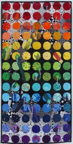 Carola Glor 2018 - Regenbogen | Patchwork Gilde Deutschland e.V. 3d Quilts, Patchwork Quilting, Quilt Inspiration, Circle Quilts, Colorful Quilts, Textiles, Landscape Quilts, Quilt Making, Quilting Designs