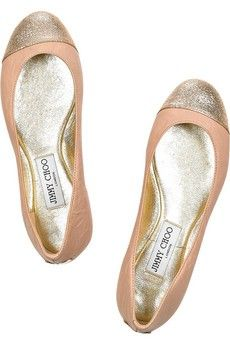 Jimmy Choo Blush leather ballerina flats with a glitter-finish toe. Jimmy Choo ballerina flats have a round toe, a designer-stamped gold plaque at back of heel, a rubber sole and simply slip on. Cute Shoes, Me Too Shoes, Shoes Uk, Flat Shoes, Shoes Heels, Beauty And More, Fashion Shoes, Fashion Accessories, Girl Fashion