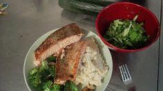Smart food: Lachsfilet mit Basmatireis und Brokoli