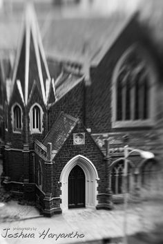 An old church seen from where I stayed in Melbourne. Given the angle, it was a perfect subject for my new Lensbaby to get in action! Bird People, Old Building, Place Of Worship, Landscape Architecture, Temples, Big Ben, Wild Flowers, Melbourne, Scenery