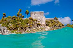 It's always a wonder to see the Mayan ancient heritage site of Tulum. Book your trip to this  Caribbean island with us here at : http://www.nasttransfers.com/tour/tulum-2/   #nasttransfer #tulum #traveltocancun #triptomexico