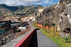 Salinas Swimming Pools by Global Arquitectura Paisagista   Câmara de Lobos, Madeira – Portugal   2003