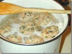 Semmelknodel–German Bread Dumplings