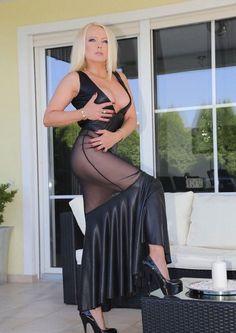 mistress - blk heelz