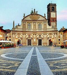 Vigevano, Pavia Baroque Architecture, Classical Architecture, Landscape Architecture, Places In Italy, Milan, Kirchen, Most Beautiful, Beautiful Places, Wonderful Places