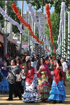 Feria de Sevilla-- going on right now! Wish I was there! ms