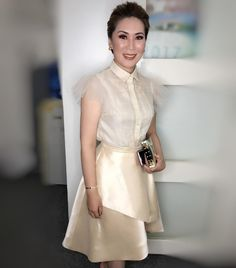 Filipiniana Dress Modern, Filipiniana Wedding, Barong Tagalog For Women, Stylish Dresses, Fashion Dresses, Lace Dress, Dress Up, Wardrobe Makeover, Gala Dresses