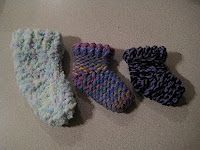 Randomalyson: Baby Booties using the Knifty Knitter