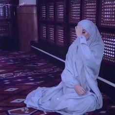 Best Quran Quotes, Best Lyrics Quotes, Best Love Lyrics, Cute Quotes For Friends, Besties Quotes, Islamic Status, Islamic Messages, Birthday Banner Design, Beats Wallpaper