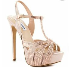 Steve Madden Blush Crystal Heels Gently used/ ingood condition ! In pristine condition! These beautiful heels are great for any occassion. worn inside house while trying on clothes. says size 6.5, but fits a size 5 Steve Madden Shoes Heels
