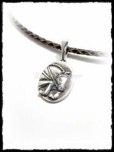 Ezüst antikolt díjugró ló medál Silver Horse, Equestrian, Pendants, Horses, Bracelets, Sports, Jewelry, Bangles, Jewlery