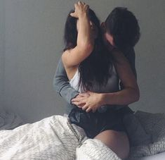 Couple Posts💏 Relationship & lots of love💕 ask // couple // others // insta in my heart ♡ ♡ Cute Relationship Goals, Couple Relationship, Cute Relationships, Healthy Relationships, Relationship Quotes, Couple Tumblr, Tumblr Couples, Love Hug Images, Romantic Couples