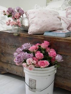Country style chic: shabby chic style in spring pastels for the home розы, цветы