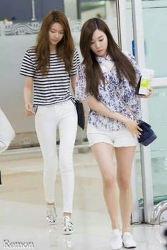 --Girls' Generation Sooyoung and Tiffany-- Snsd Airport Fashion, Snsd Fashion, Teen Fashion, Korean Fashion, Sooyoung Snsd, Kpop Mode, Girl's Generation, White Keds, Korean Celebrities