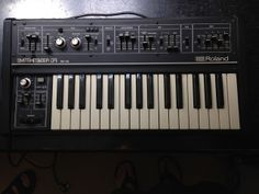 MATRIXSYNTH: Roland SH-09 Vintage Analogue Synthesizer