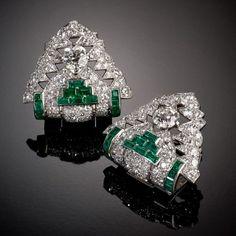 Diamonds and emeralds earrings CARTIER